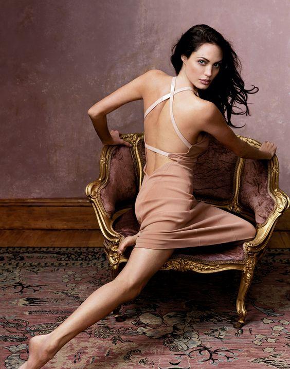 Angelina Jolie fotografiada por Annie Lebovitz en 2002